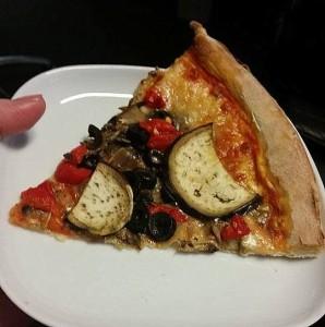 pizza, kawałek pizzy, pizza vege
