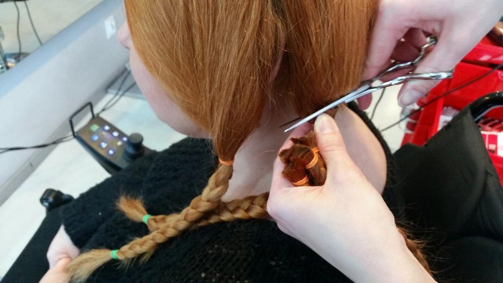 Kobiecość i męskość zaklęta we włosach - Daj włos